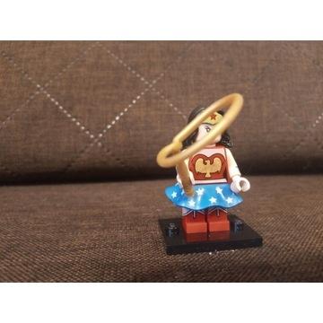 LEGO minifigures WONDERWOMAN
