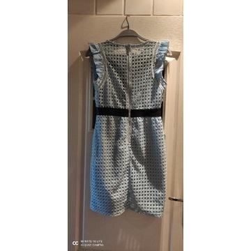Sukienka błękitna koronkowa