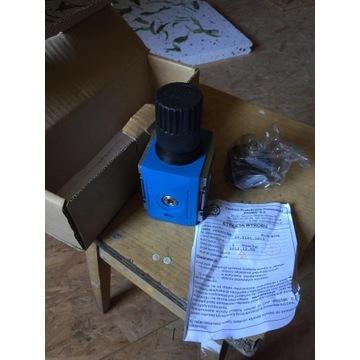 Zawór redukcyjny NOVA G 3/8' 1,2 Mpa 50.2101.3812