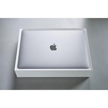 Apple MacBook Pro 13 8/128GB 2019 - Stan idealny