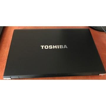 Toshiba R950 i5-3320M  4GB RAM 320GB HDD Win10