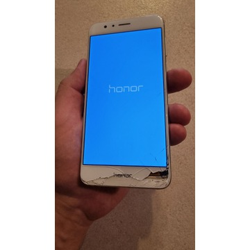 Huawei Honor 8 4GB RAM 32GB ROM używany