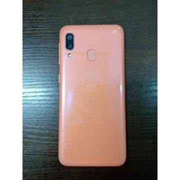 Samsung Galaxy A20e (kremowy)