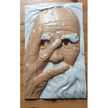 Stary człowiek, płaskorzeźba