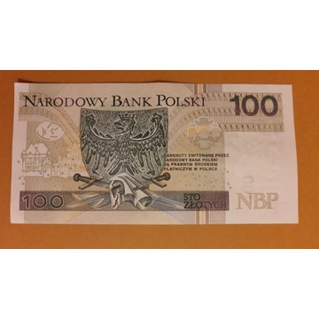 Banknot 100zł seria ET 0884488