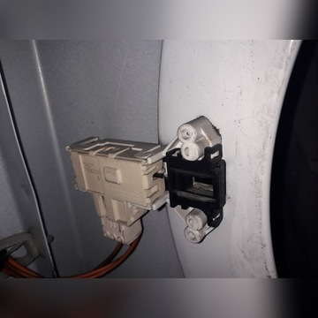 Blokada drzwi do pralki Gorenje WS43121
