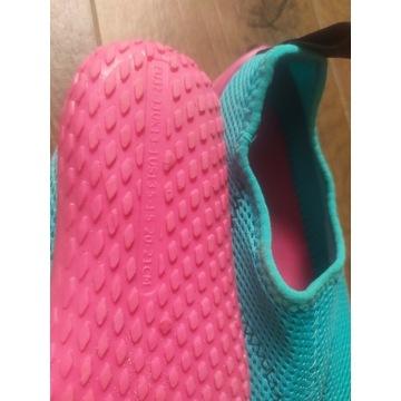 Buty do wody rozmiar 32-33 - dziewczynka