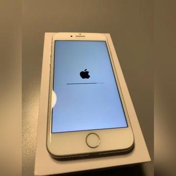 IPhone 8 64GB Srebrny Stan bdb