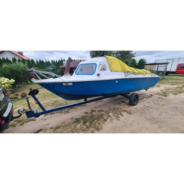 Łódka wędkarska rekreacyjna