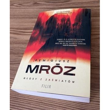Książka Głosy z zaświatów Remigiusz Mróz