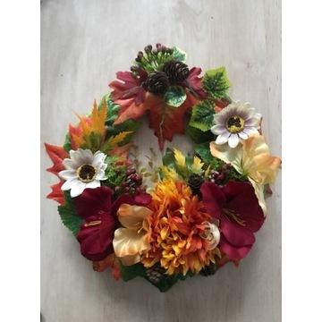 Wianek jesienny stroik dekoracja drzwi 30 cm