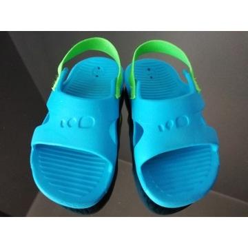 Sandały basenowe Decathlon rozmiar 21-22