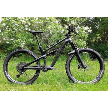 Canyon Spectral CF 8.0 2018 + CODE R