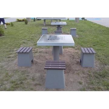 Stół betonowy do gry w szachy, chińczyka