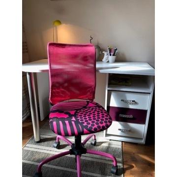 biurko i krzesełko