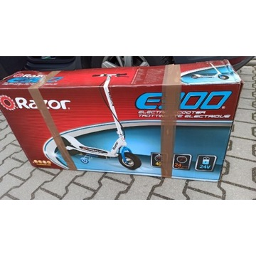 Hulajnoga elektryczna RAZOR e300