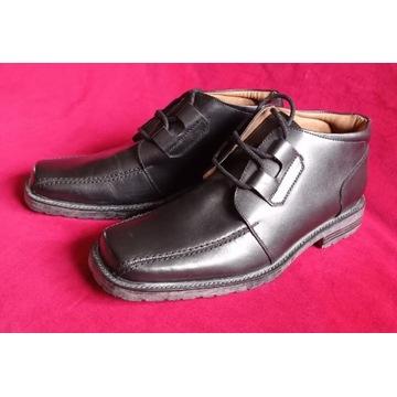 BARRATTS - skórzane buty EUR 45,5