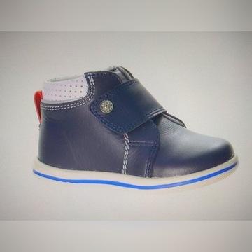 Sprzedam buty firmy BARTEK dla chłopca prawie nowe