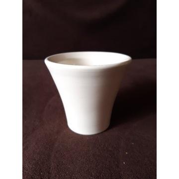 Ceramiczna osłonka na doniczkę, kremowa, nowa