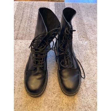 Buty DR. Martens długość wkładki 31 cm.