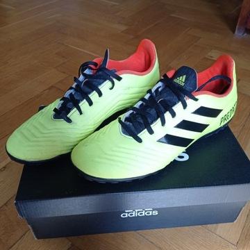 buty sportowe - piłka nożna