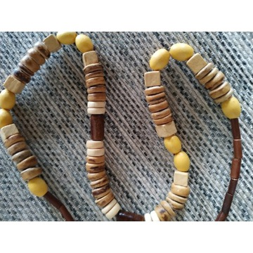 Korale drewniane - beże, brązy, żółcienie