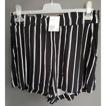 Krótkie szerokie szorty z wiskozowej tkaniny H&M