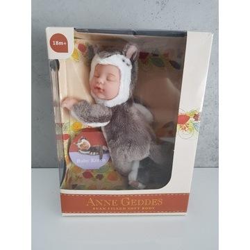 Anne Geddes lalka niemowlę kotek kot 23 cm