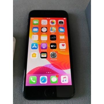 IPhone 8, 64 GB, kolor Space Grey, na gwarancji