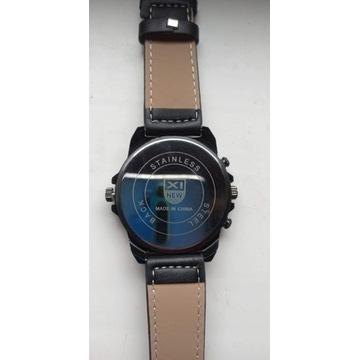 Duży męski zegarek