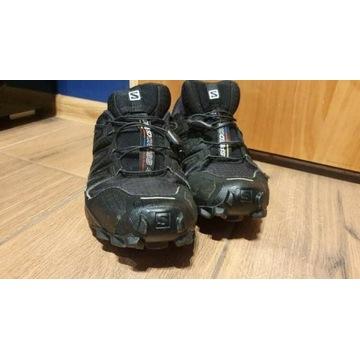 Znoszone damskie buty Salomon