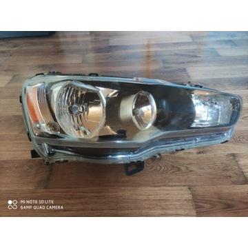 Lampa przednia prawa Mitsubishi Lancer X sedan