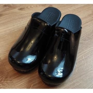 Buty drewniaki Sanita skóra na podeszwie PU r.38