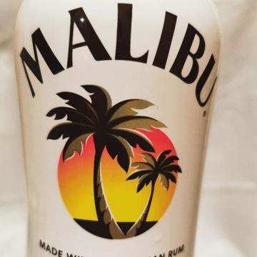Butelka po rumie Malibu