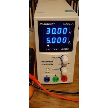Regulowany zasilacz laboratoryjny 0-30V 0-5A