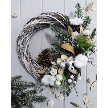 Jesienno Zimowy Wianek na Drzwi Scianę Kompozycja