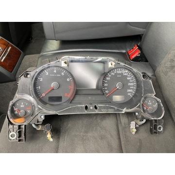 Licznik Audi A8 D3 4.2 benzyna Duży Fis ACC