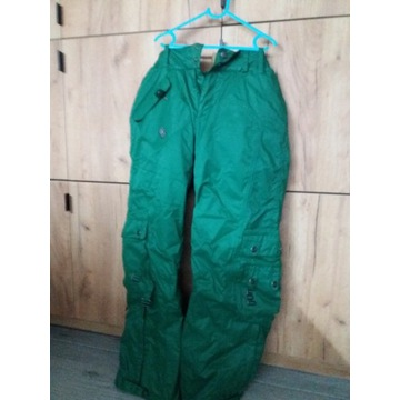 Spodnie narciarskie Cropp damskie rozmiar M
