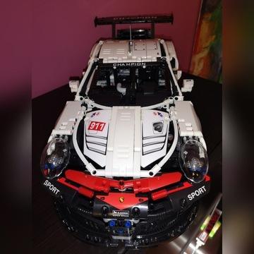 Klocki jak Lego samochód sportowy