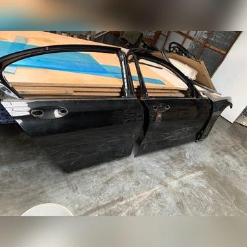 BMW G11 drzwi prawe  przód tył