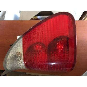 LAMPA PRAWA TYŁ TYLNA BMW X5 E53 99-03R EU