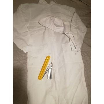 Fartuch anatomiczny+czepek+pęseta+skalpel