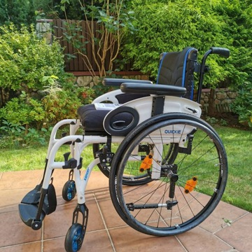 Składany, lekki wózek aktywny Quickie Xenon 2
