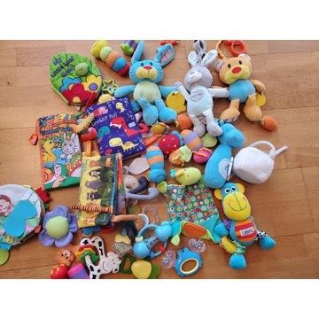 zabawki dla niemowlaka, książeczki, grzechotki