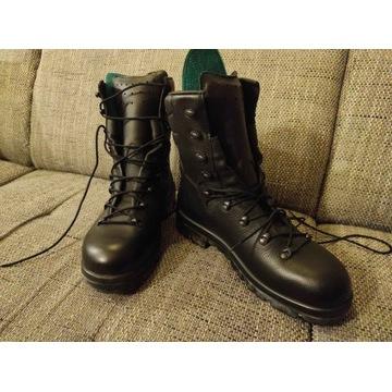 Zimowe buty wojskowe