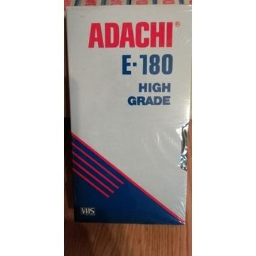 Kaseta VHS 180 ADACHI  5 SZTUK ZAFOLIOWANE NOWE