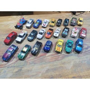 Różne samochodziki