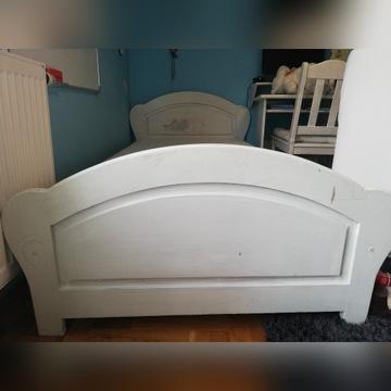łóżko sosnowe z materacem