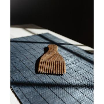 Grzebień drewniany dębowy eco do włosów, brody