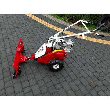 Traktorek jednoosiowy pług iseki